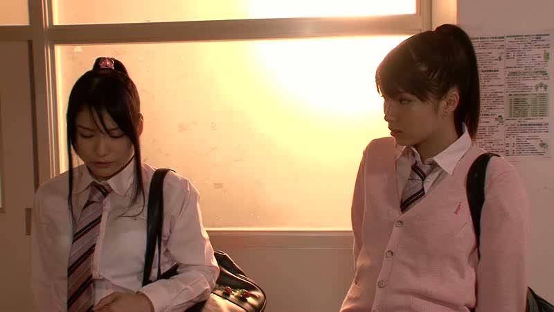 【橘ひなた】学校の色んな場所でレズる美少女JKたち